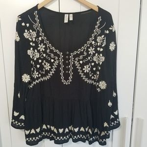 Anthropologie Meadow Rue Black Embroidered Blouse